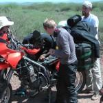 gemeinsame Motorradmontage